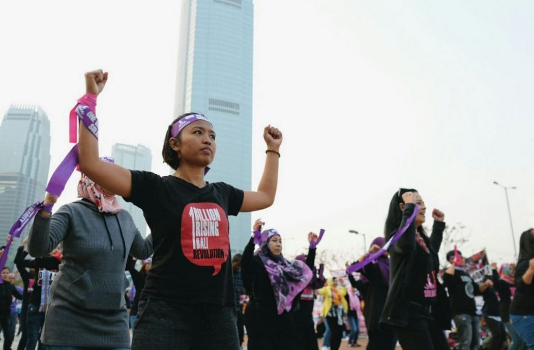 hong kong one billion rising domestic workers (7) (Copy)