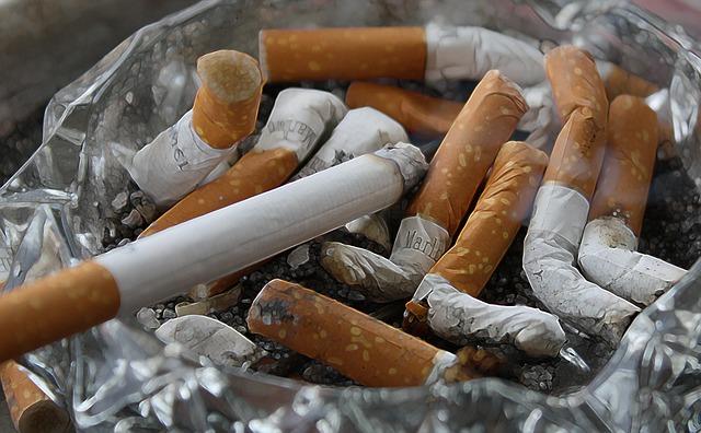 cigarette photo ash tray