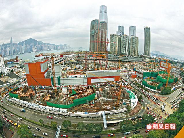 West Kowloon terminus. Photo: Apple Daily.