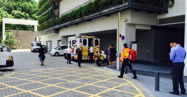 Lau being sent to the hospital. Photo: Hong Kong Indigenous.