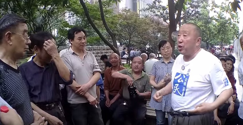 Han Liang in a 2013 street speech. Photo: Youtube