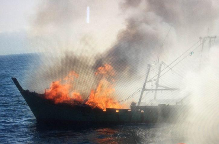 china fishing boat fire