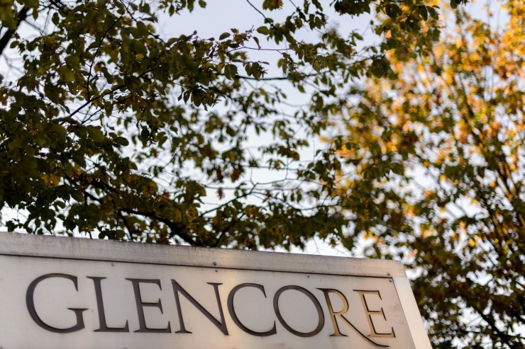 Glencore sign at the Swiss commodities giant's headquarters in Baar near Zug. File photo: AFP/Fabrice Coffrini.