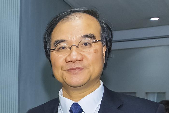 Under Secretary for Transport and Housing Yau Shing-mu