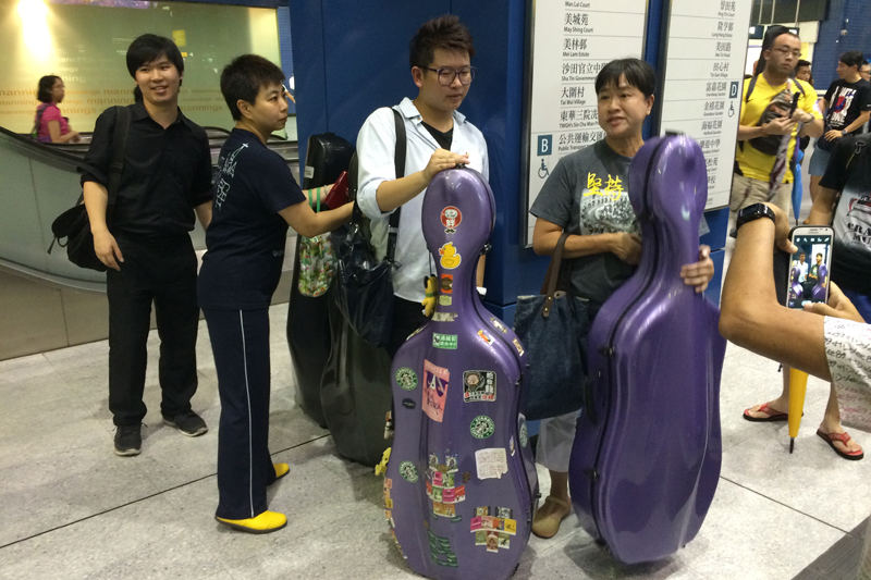 Miss Ng with her cello