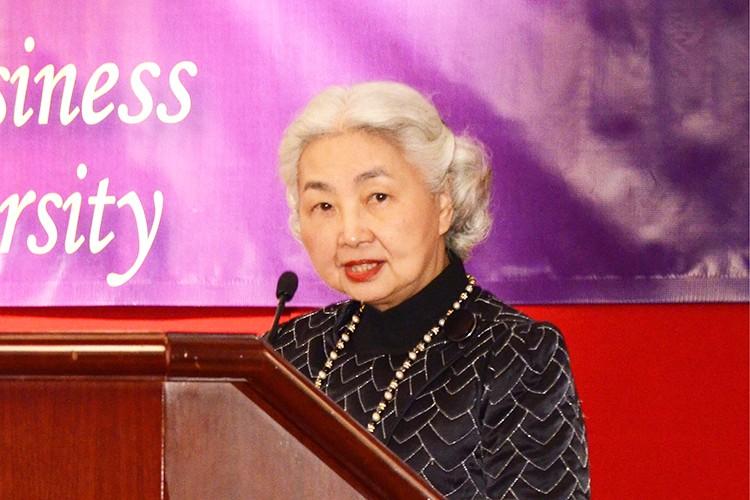 Elsie Leung.