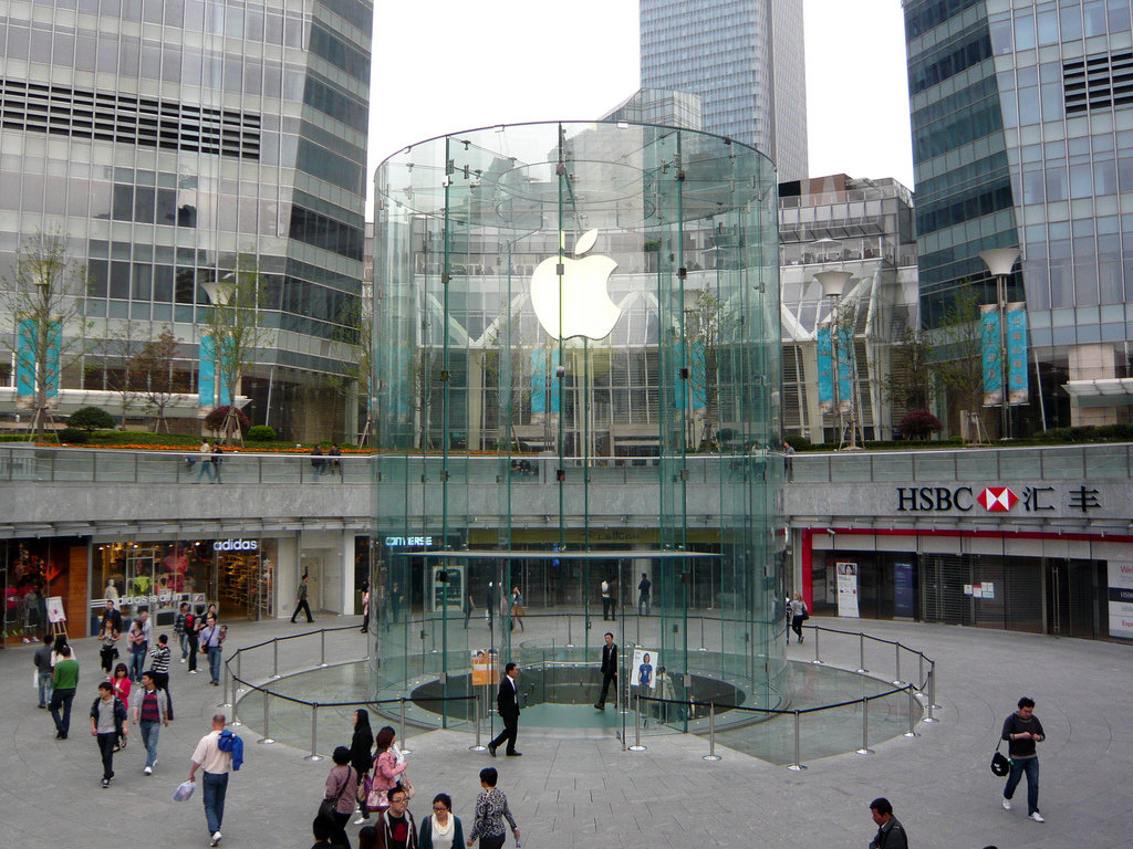 China users complain of iPhone 6s Plus catching fire or
