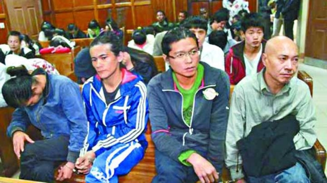 The detained Taiwanese at a Kenyan court earlier.