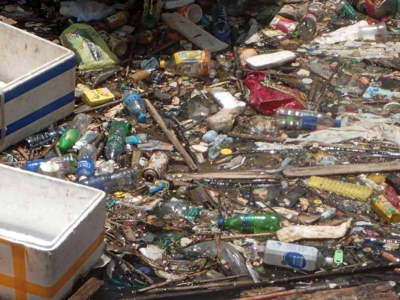 marine trash cheung chau harbour