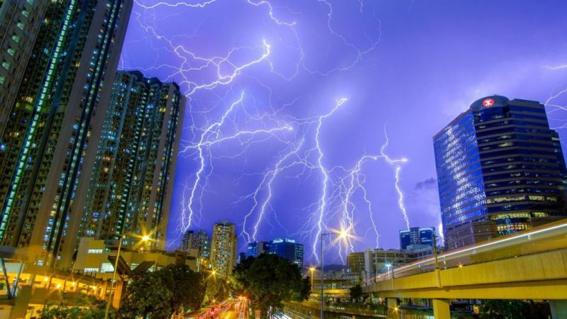 hong kong lightening