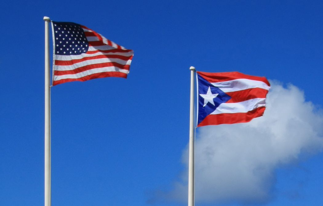 flags puerto rico usa