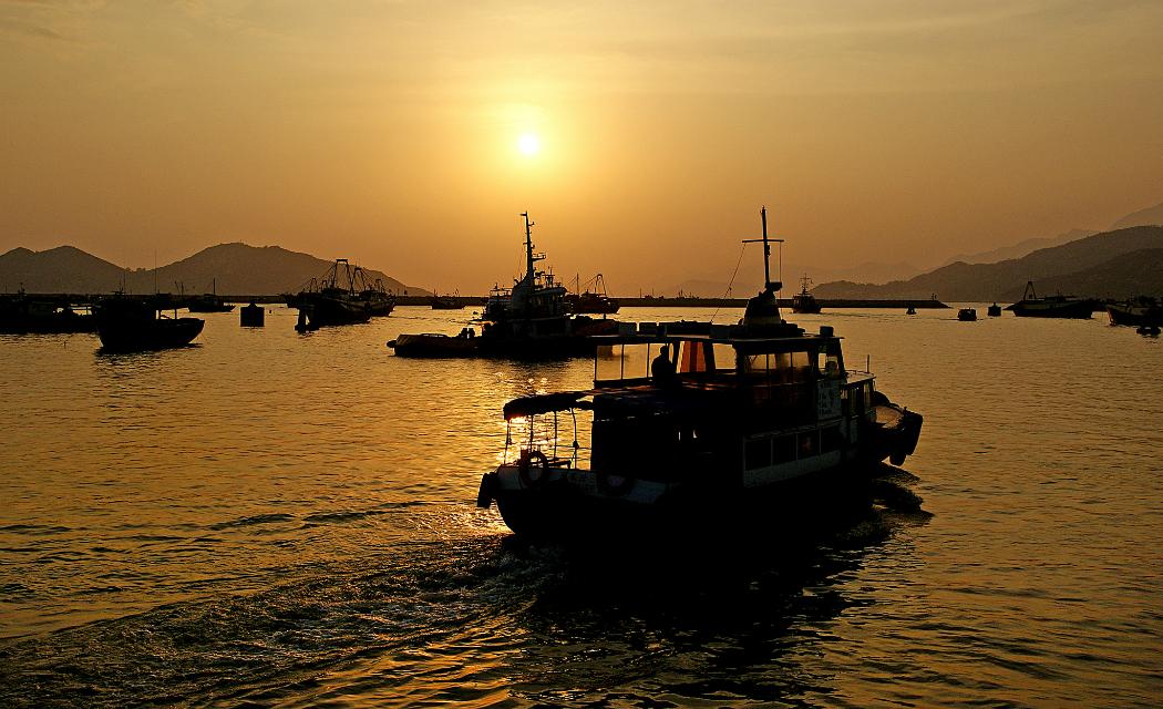cheung chau boats