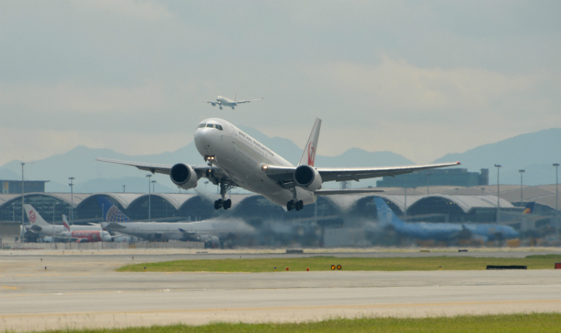 airport-takeoff-1
