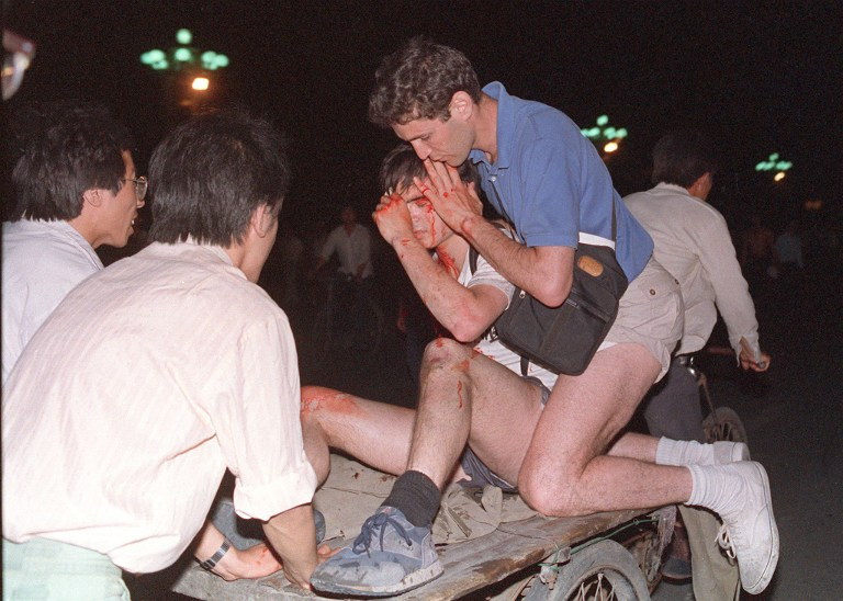 tiananmen square massacre crackdown 1989