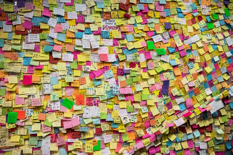 post it notes wall democracy occupy hong kong protest