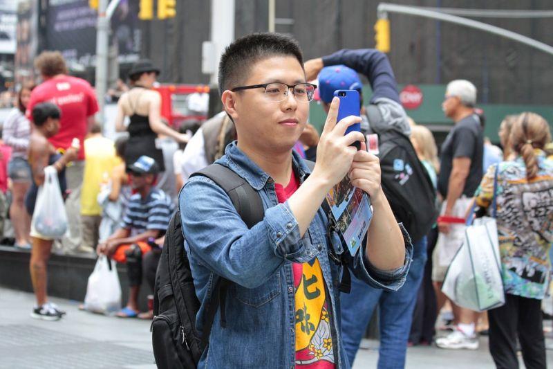 chinese tourist tour group
