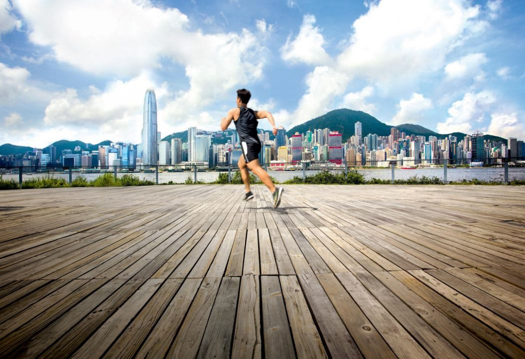 hong kong skyline running leaving race