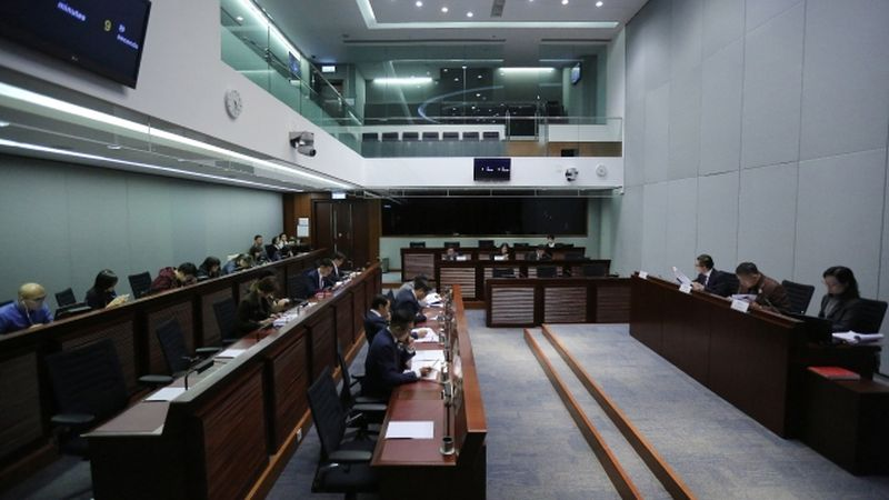 select committee Leung Chun-ying