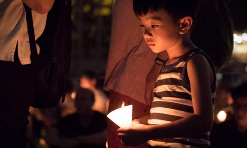candle vigil tiananmen victoria park