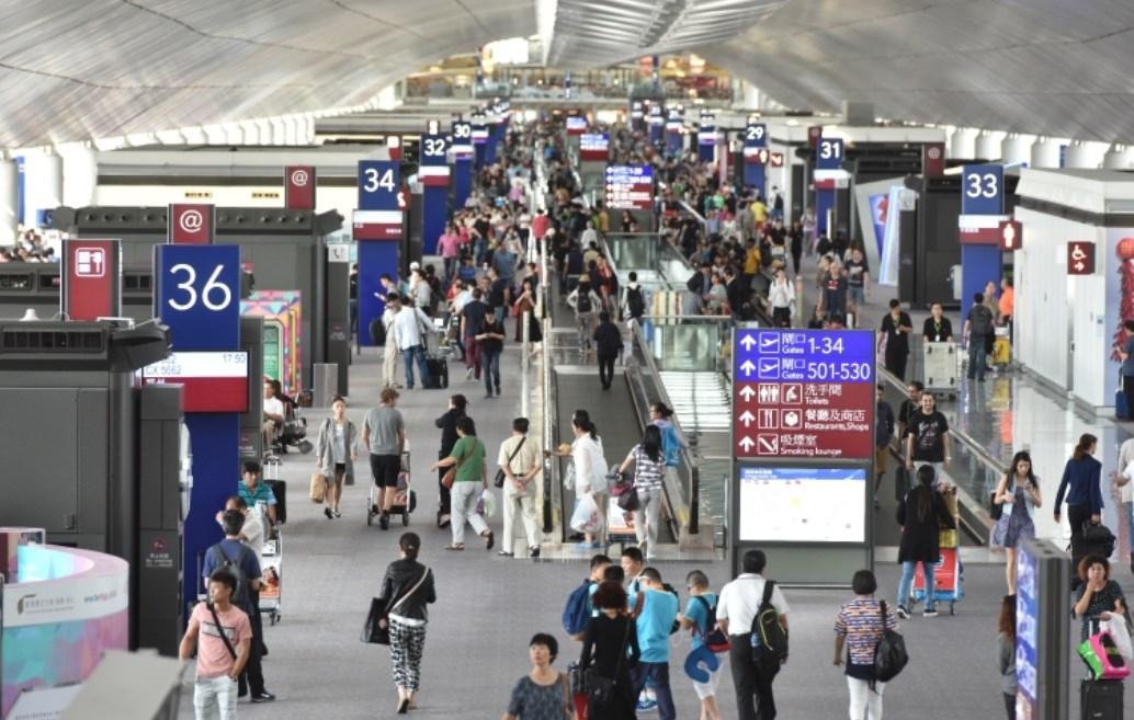 keberangkatan perjalanan pesawat bandara