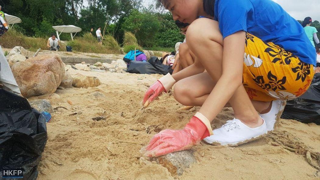 palm oil beach clean-up