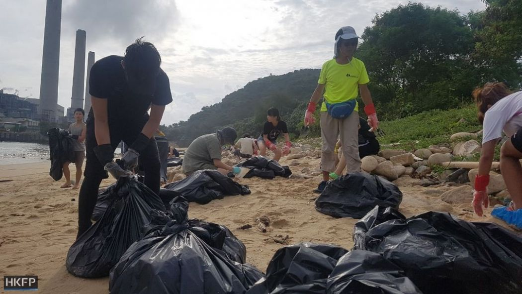 palm oil beach clean-up