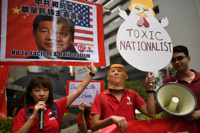 HONG KONG-US-CHINA-BANNON-POLITICS-SPEECH-PROTEST