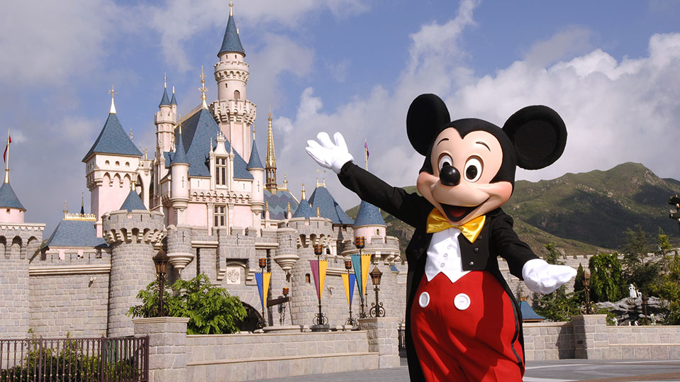 hk disneyland Hong kong disneyland increases prices once again from mid of december 2017 new promotions are offered and there is always a way to get discounted tickets.