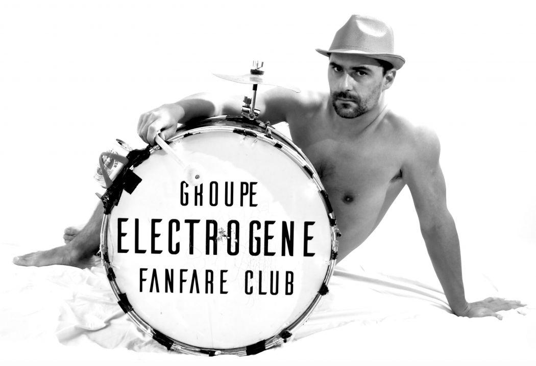 _ghoupe électrogène fanfare club_ by chaussette b. _ Pierre, big drum