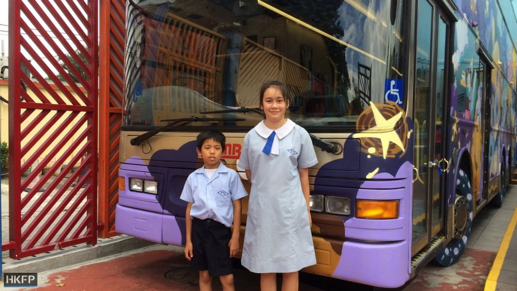 tung tuk school bus