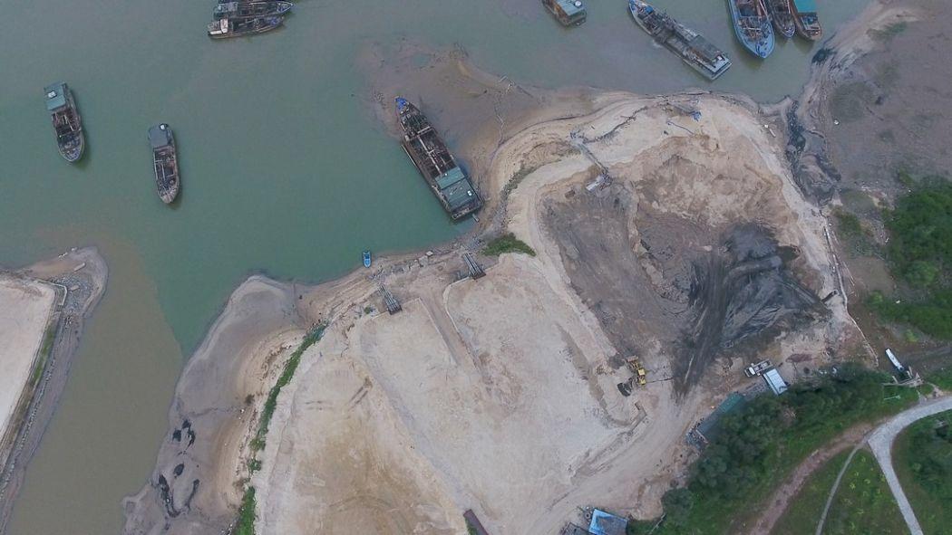 quarry suburbs Qinzhou marine sand