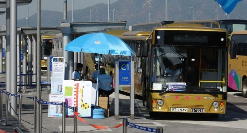 Golden Bus Hong Kong-Zhuhai-Macao Bridge