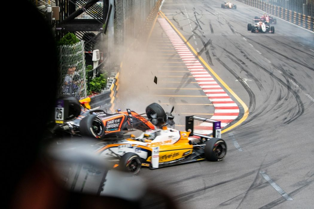 macau grand prix crash 2018