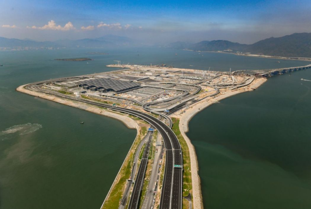 Hong Kong-Zhuhai-Macao Bridge Hong Kong port artificial island.