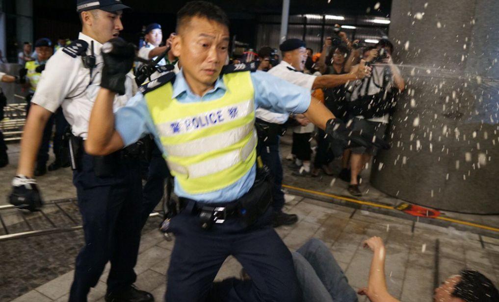 legco extradition clashes