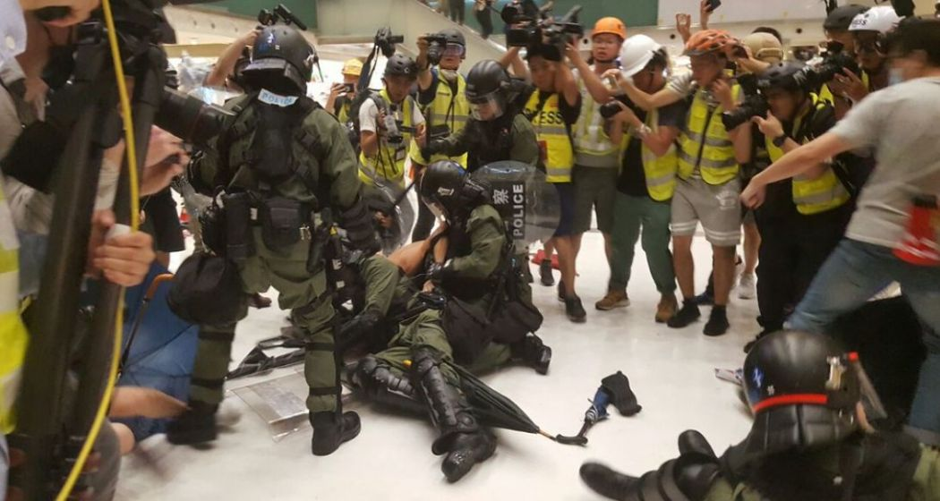 july 14 sha tin new town plaza china extradition (12)
