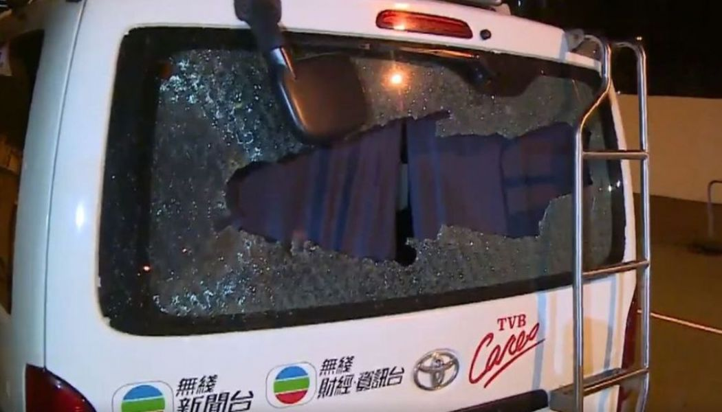 tvb van july 14 sha tin new town plaza china extradition (12)