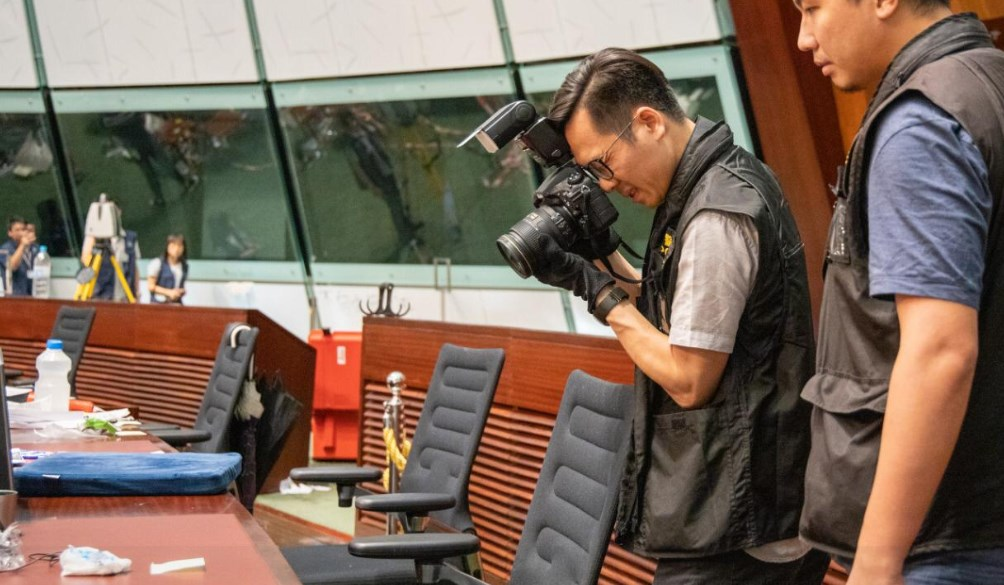 legco storming clean up