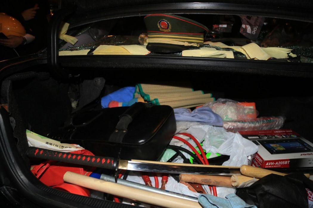 yuen long july 27 lexus sword car vandalise