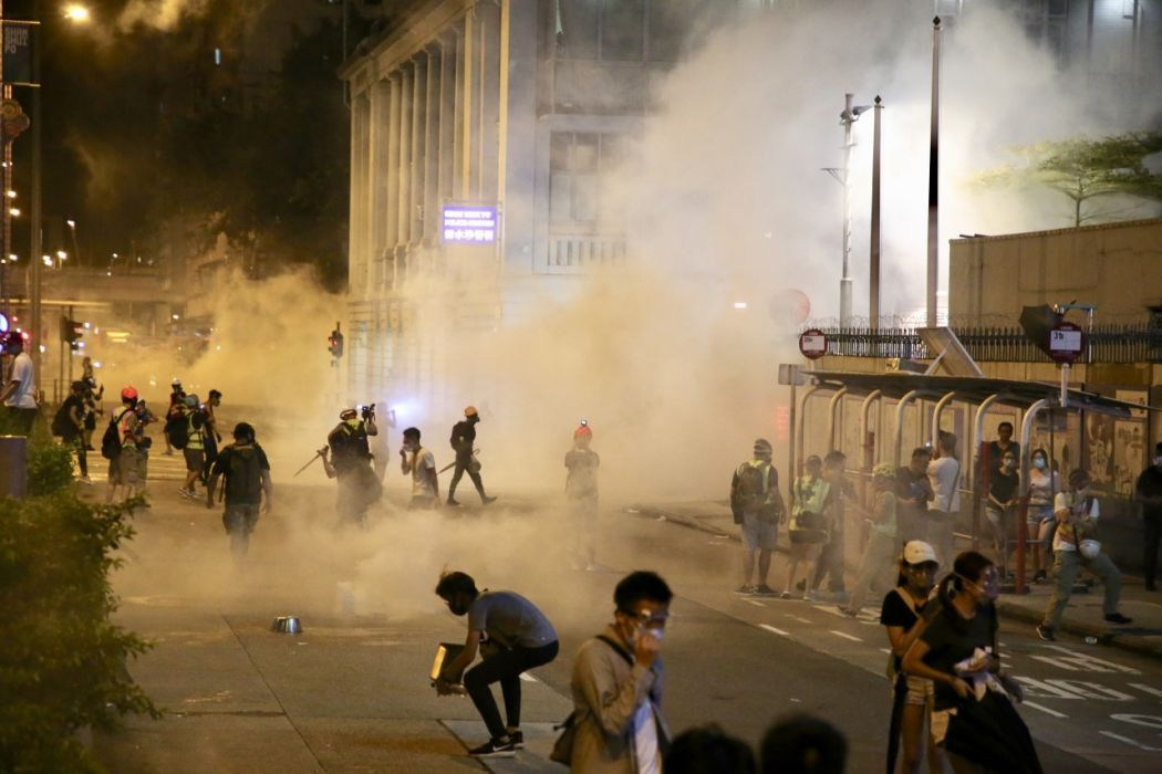 China blames United States  for backing Hong Kong 'violent separatists'