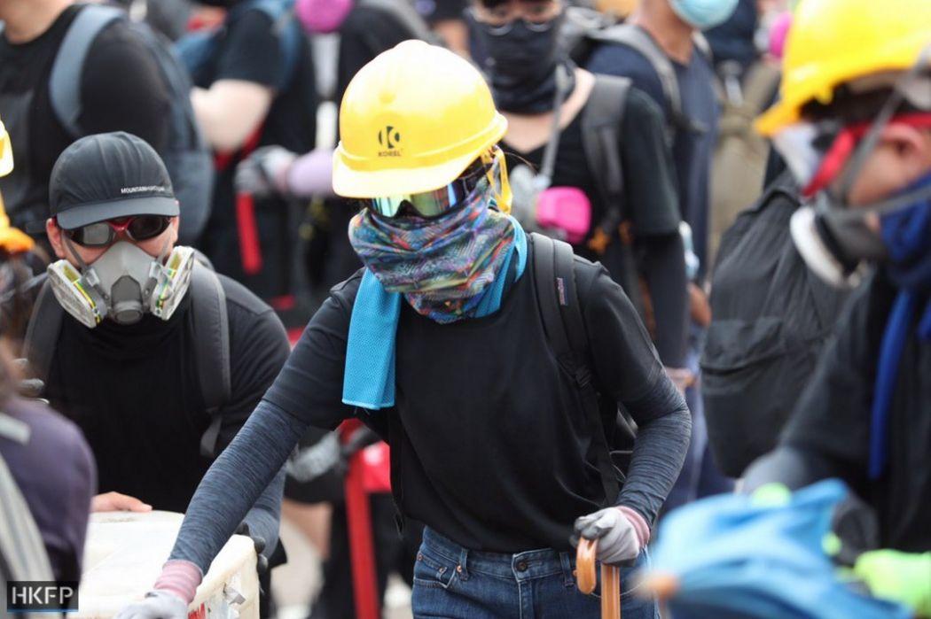 mask helmet tai po august 10 china extradition (29)