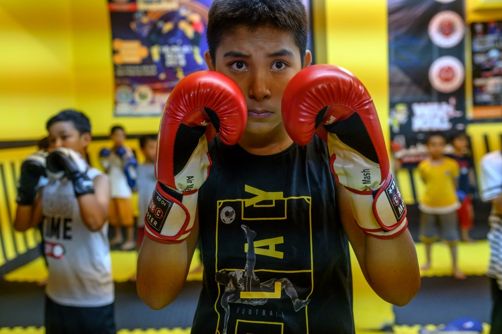 Turkey Uighurs China children muay thai