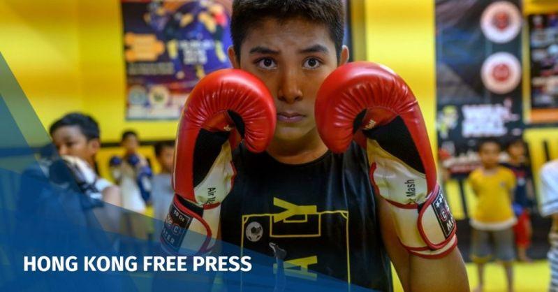 Uighur children muay thai