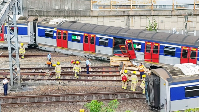 train derail mtr hung hom