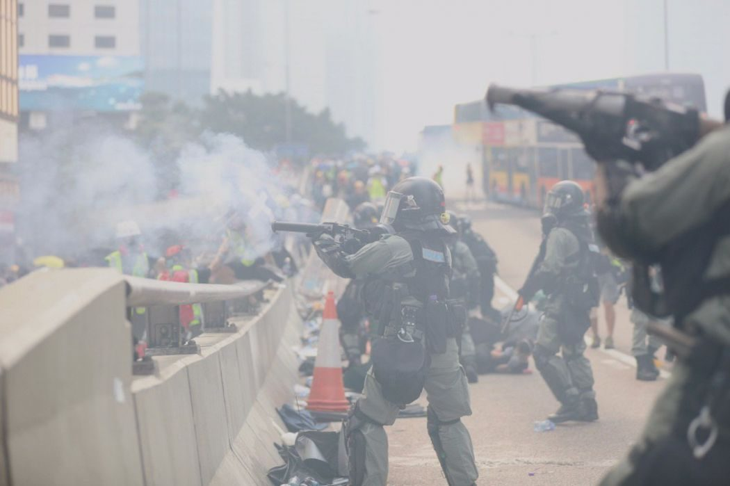 september 29 china extradition protest admiralty police tear gas