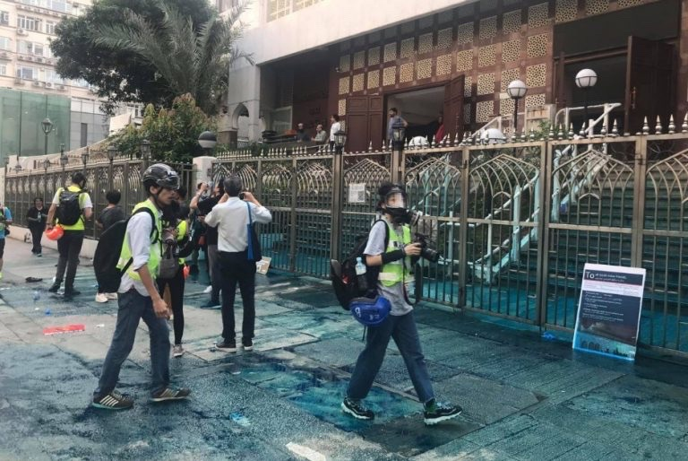 October 20 Kowloon mosque blue dye clean up protest police water cannon