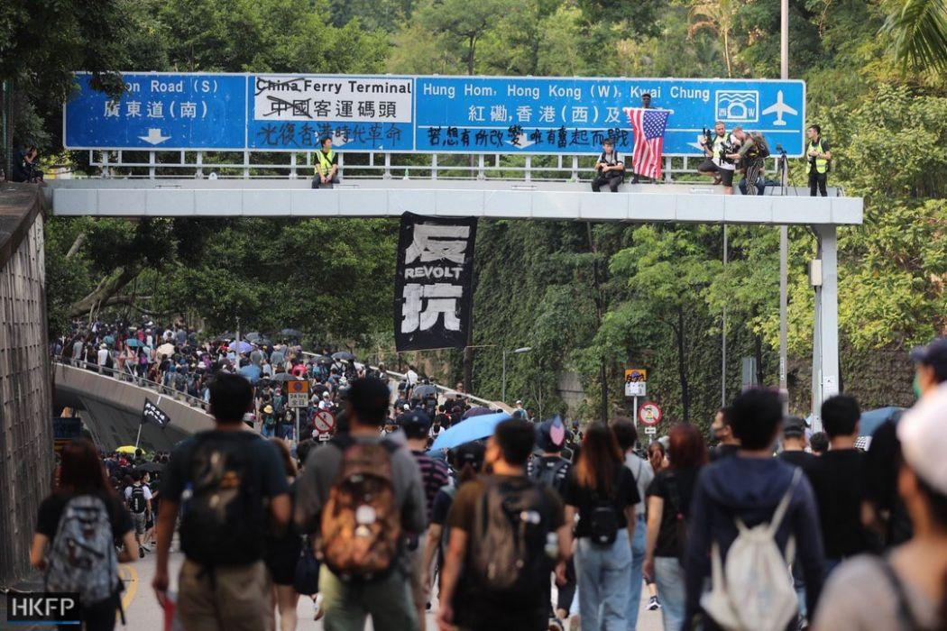 October 20 anti-mask protest Tsim Sha Tsui Winnie the Pooh