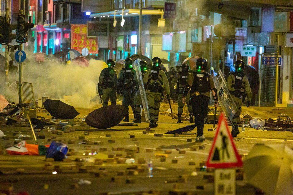 tear gas 18 November (2)