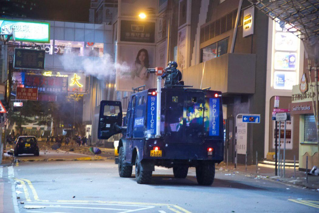 armoured van truck police Jimmy Lam Tsim sha Tsui police 18 November (3)