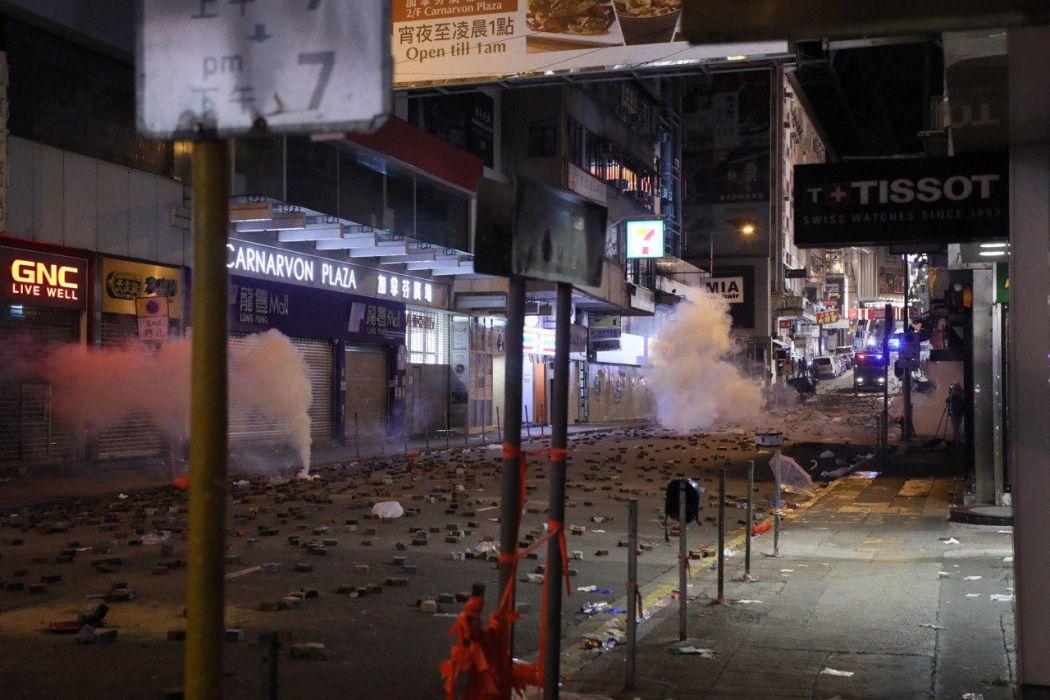 Jimmy Lam Tsim sha Tsui police 18 November (5